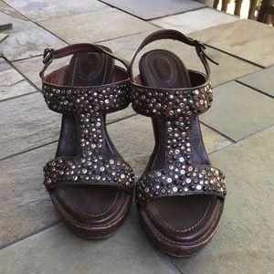"Frye Heels Leather Studded size9.5. 4"" EUC"